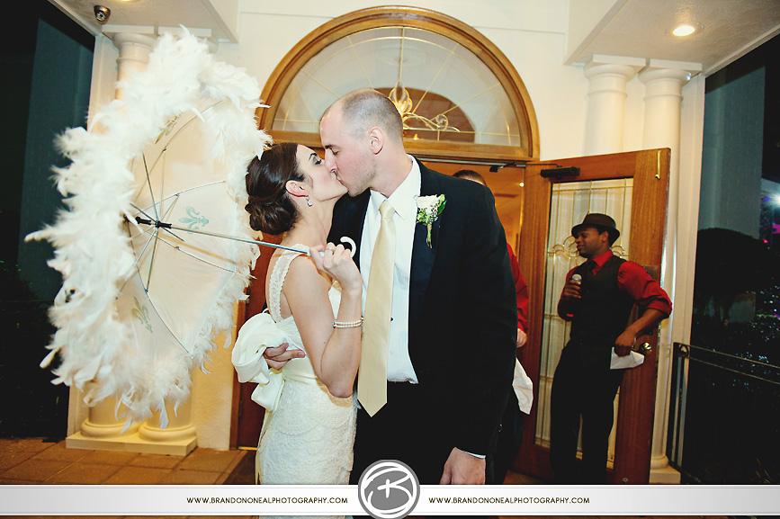 Vintage_Court_Wedding-040