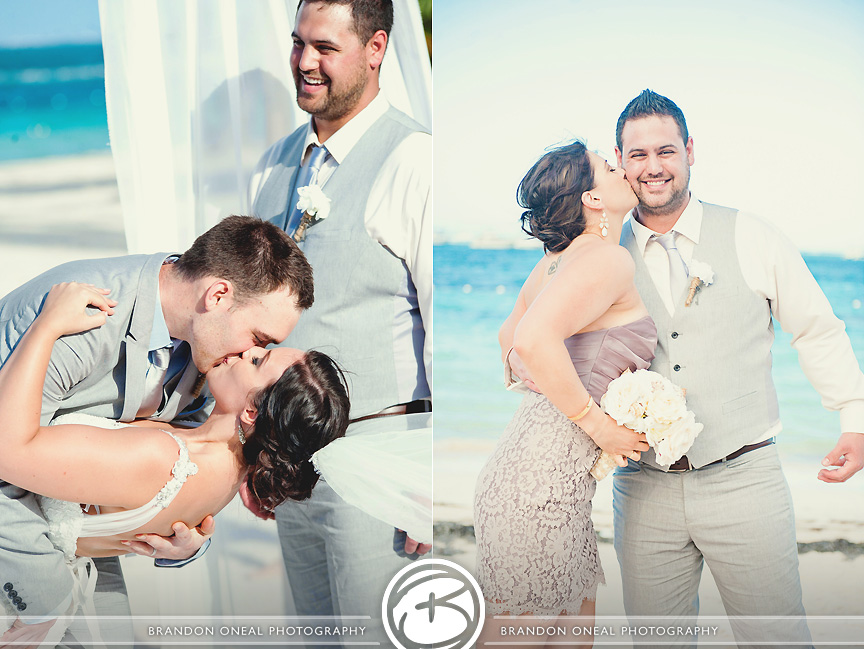 Jellyfish_Dominican_Republic_Beach_Wedding-057